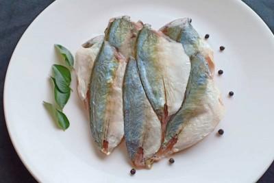 Freshly Frozen Shrimp Scad / Vatta Paara Fillets - 250g Pack