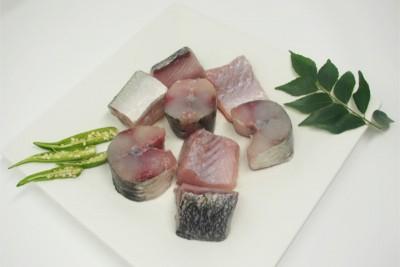 Garfish / Kola (Medium) - Curry Cut (May include head pieces)