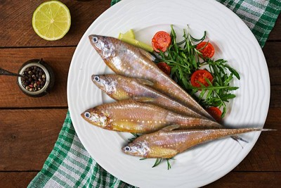 Golden Anchovy / Mandeli - Whole