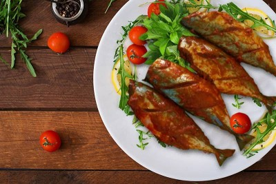 Indian Mackerel / Ayala / Bangda (Large) - Marinated 250g Pack (2 to 3 fish)