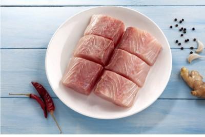 Seer Fish / King Fish / Surmai / Neymeen / Vanjaram / Anjal (5kg+) - Skinless Cubes (300g Pack)