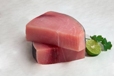 Juicy Fresh Sword Fish Steak (250g pack)