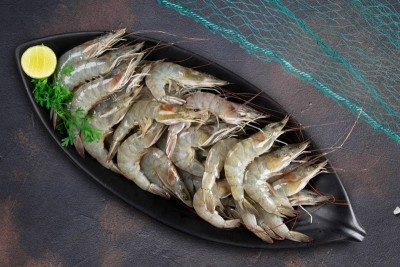 Indian Prawns / Venami / Vannamei / Jhinga / Chemmin (80+ Count/kg) - Whole  (Not Cleaned, Not Peeled)