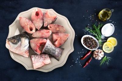 Rohu / Rui (650g to 900g) - Bengali Curry Cut (May include head piece)